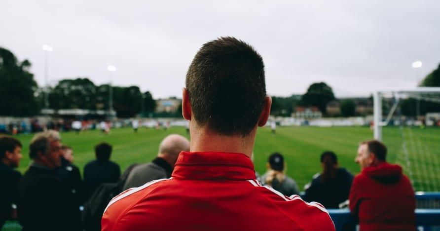 Geleneksel Spor Bahisleri Vs. Sanal Spor Bahisleri: En İyisi Hangisi?