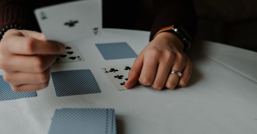 RNG Blackjack Vs. Canlı Krupiye Blackjack